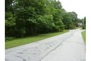 7826 Oak Crest Ct, Barnhart, MO 63012