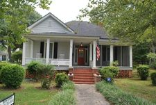 218 E 2nd Ave, Red Springs, NC 28377