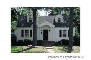 209 Fuller St, Fayetteville, NC 28305