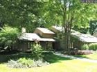 125 Greentree Rd, Moreland Hills, OH 44022