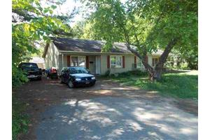 304 Ross Cannon St, York, SC 29745