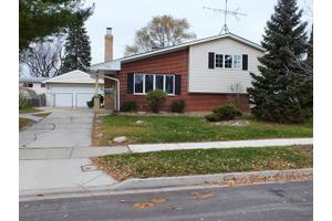 100 E Wrightwood Ave, Glendale Heights, IL 60139