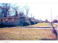 1631 W Rotary Dr, High Point, NC 27262