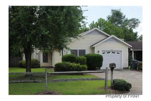 6851 Winchester St, Fayetteville, NC 28314