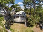 47 W Point Dr, Crawfordville, FL 32327