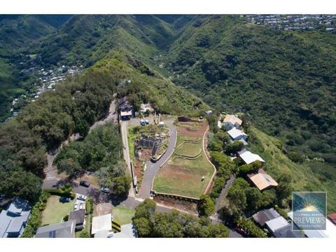 4967 A Maunalani Cir, Honolulu, HI 96816
