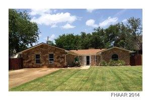 2202 Moon Valley Rd, Harker Heights, TX 76548