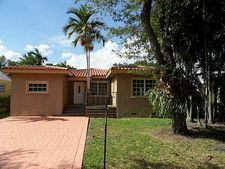 41 Whitethorn Dr, Miami Springs, FL 33166