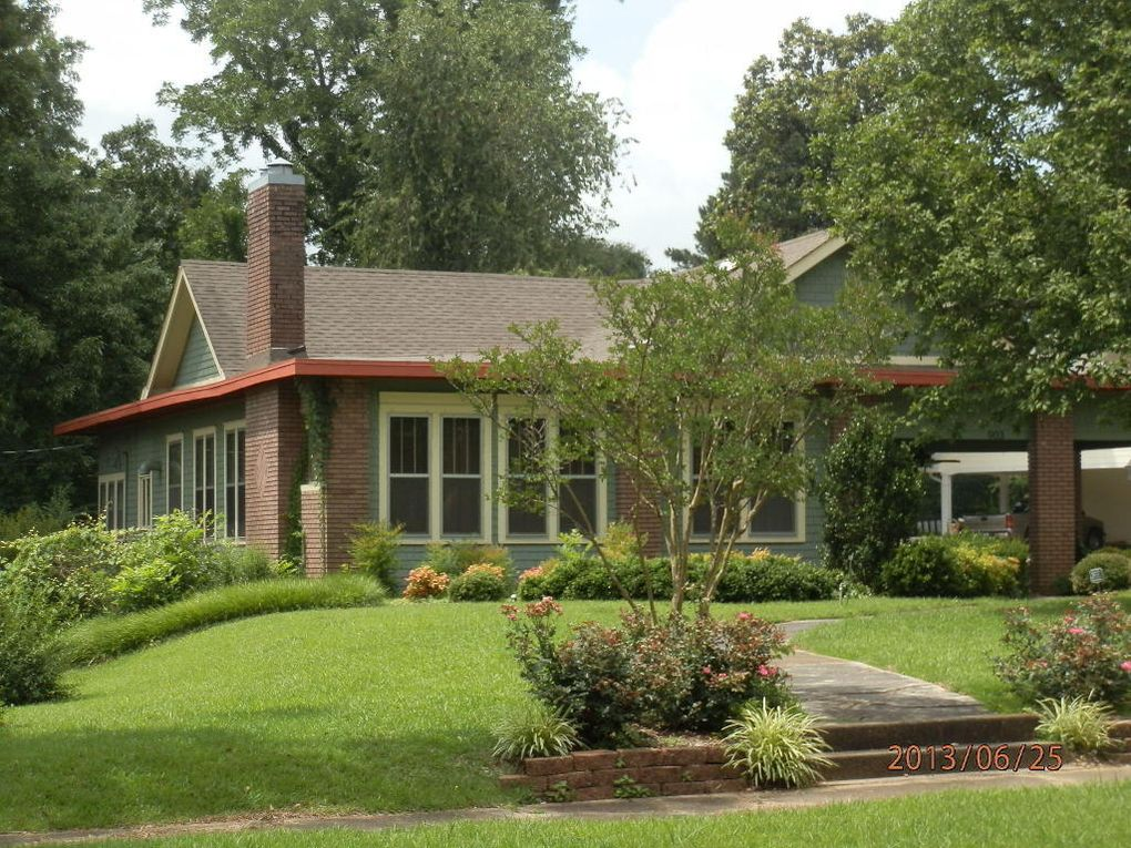 903 W Commerce St, Aberdeen, MS 39730 - realtor.com®