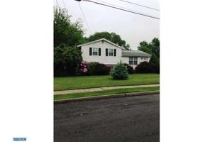 43 Manchester Ave, Marlton, NJ 08053