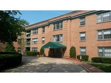 5825 5th Ave Apt 315, Shadyside, PA 15232