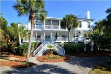 24 Fairway Village Ln, Isle Of Palms, SC 29451
