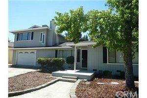 877 15th St, Lakeport, CA 95453