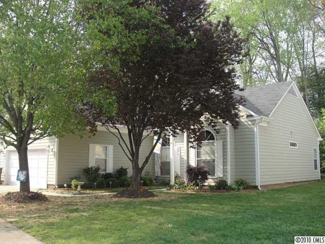 102 Ashford Hollow Ln Mooresville, NC 28117