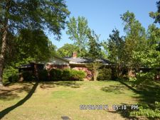 2232 Mcknight Rd, Ackerman, MS 39735