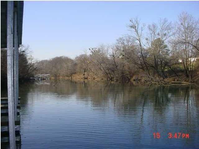 2404 Waterhaven Dr, Chattanooga, TN 37406