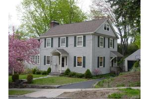 7 Highbrook Rd, Norwalk, CT 06851