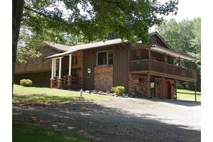 147 Shady Nook Dr, Cook Township, PA 15687