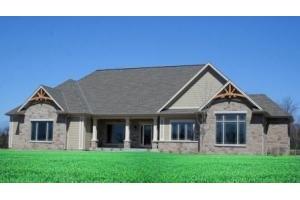 9390 Stonegate Rd, Town of Cedarburg, WI 53012