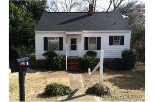 167 Kensington Cir, Fayetteville, NC 28301
