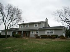 1937 Jewett Ave, Muscatine, IA 52761