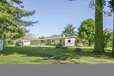 445 River View Ln, Orick, CA 95555
