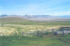 16 Cross Ln, Plains, MT 59859