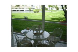 205 SE 11th Ter Apt 104, Dania Beach, FL 33004