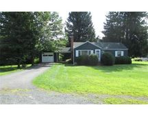 286 Greenfield Rd, Deerfield, MA 01373