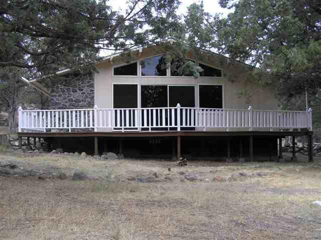5922 Lake Shastina Dr, Weed, CA