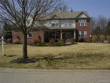 7438 Wisteria Way, Brighton, MI 48116