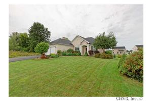122 Forest View Ln, Manlius, NY 13116