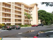 2651 S Course Dr Apt 108, Pompano Beach, FL 33069