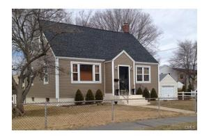 108 Arthur St, Bridgeport, CT 06605