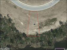 261 Twining Rose Ln, Holly Ridge, NC 28445