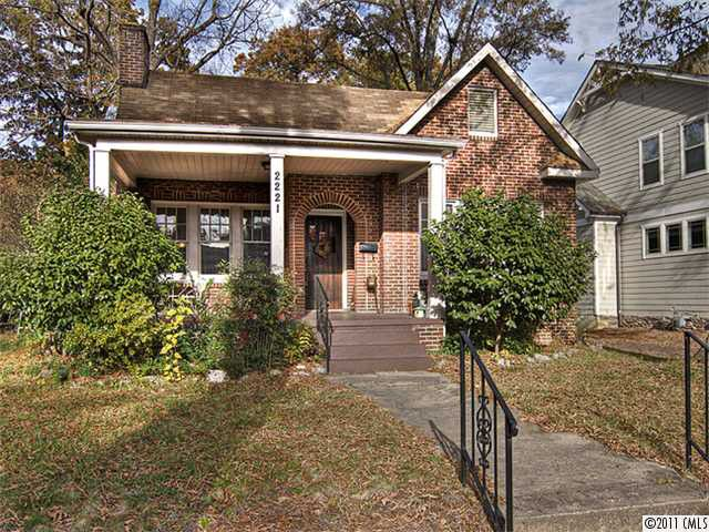 2221 Commonwealth Ave, Charlotte, NC 28205 Main Gallery Photo#1