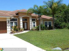 5557 Nw South Lundy Cir, Port St. Lucie, FL 34986