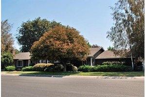 202 Buena Tierra Dr, Woodland, CA 95695