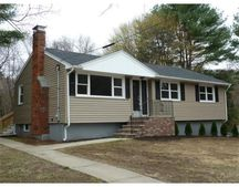 32 Peter Rd, North Reading, MA 01864