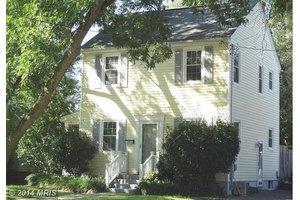 2004 Elmhurst Ave, Fredericksburg, VA 22401