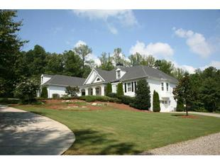 1506 Stoney Point Rd, Cumming, GA