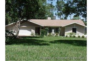 6014 Sandra Dr, Spring Hill, FL 34607