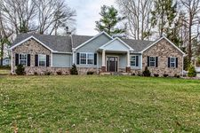 24 Red Bud Dr, Millersville, PA 17551