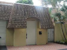 18820 W Lake Dr, Miami, FL 33015