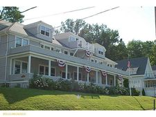 1 Broadway # 4, Northport, ME 04849