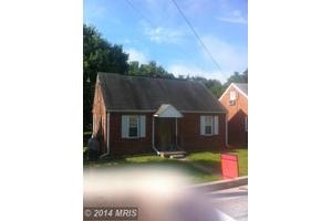112 W 12th St, Front Royal, VA 22630