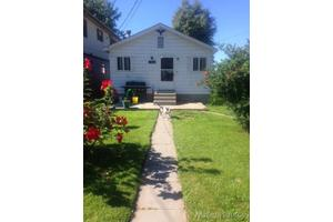 7838 Long Island Ct, Fair Haven, MI 48023