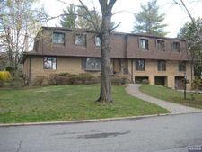 766 Scott Dr, River Vale, NJ 07675