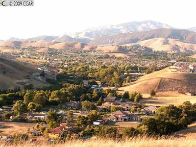 1621 Lawrence Rd, Danville, CA
