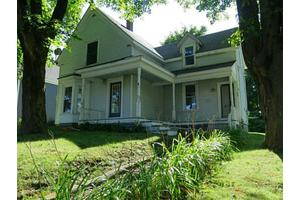 28 S Main St, Rockland, ME 04841